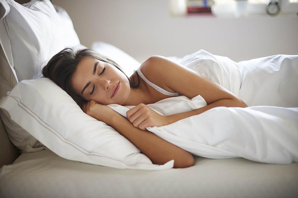elegendő alvás fogyás)